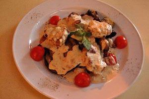 Ψαρονέφρι με λαχανικά και σάλτσα ροκφόρ
