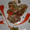 Χοιρινά φιλετάκια με σάλτσα πιπεριάς