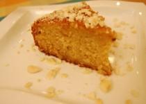 Κέικ με καρύδα & αμύγδαλα