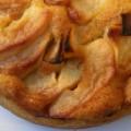 Κέικ αμύγδαλου με μήλα