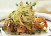 Λιγκουίνι με γαρίδες σβησμένες με grappa