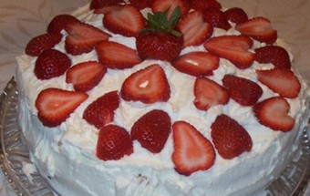 Tούρτα Φράουλας μόνο σε 7 λεπτά
