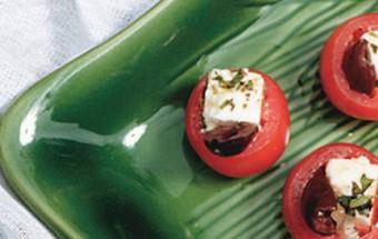 Greek Tapas - Ντοματίνια με μαριναρισμένη φέτα