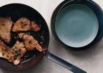 Σκαλοπίνια με κάπαρη στο τηγάνι