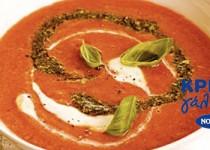 Ντοματόσουπα με σάλτσα πέστο