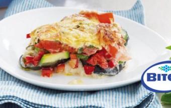 Σουφλέ λαχανικών με βασιλικό και ντομάτα