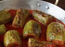 Κολοκυθάκια με κόκκινη σάλτσα και μοσχαρίσιο κιμά