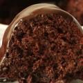 Σοκολατένιο κέικ κολοκυθιού με επικάλυψη σοκολάτας
