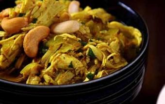 Κοτόσουπα με κάρυ, ρύζι και κάσιους