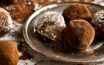 Τρουφάκια σοκολάτας με επικάλυψη κακάο