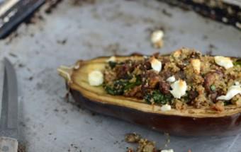 Μελιτζάνες γεμιστές με κινόα και κατσικίσιο τυρί