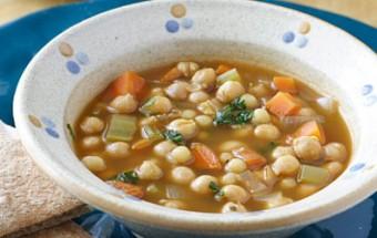 Σούπα με ρεβίθια και κους κους