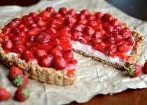 Τάρτα με φράουλες και ανθότυρο